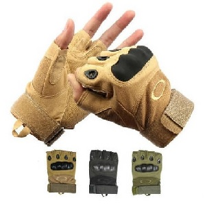 Беспалые перчатки Окли койот картинка